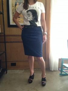 Audrey Hepburn tee, blue leopard print skirt, black skinny belt, and black platform heels