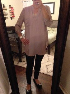 9.24.15 - blush tunic, black pants, black leather flats