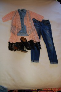 LuLaRoe Monroe Blush Lace Kimono, sleevess denim top, distressed skinny jeans, black booties