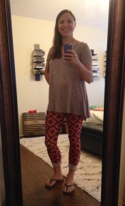 LuLaRoe Perfect T, LuLaRoe leggings, flip flops