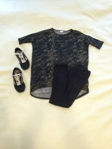 Camouflage-ish LuLaRoe Irma Tunic, black LuLaRoe One Size leggings, Brooks chariot sneakers