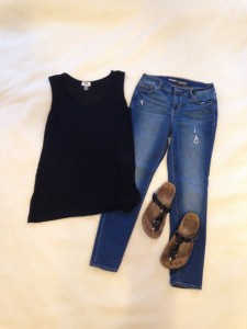 Black sleeveless tunic tank, skinny jeans, Birkenstocks