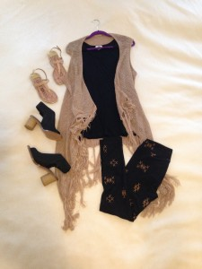 Tan vest with fringe, black sleeveless tunic, Black with tan pattern LuLaRoe One Size leggings, nude sandals or black open toed booties