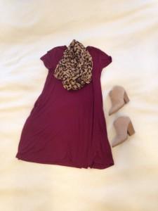 Burgundy t-shirt dress, leopard print infinity scarf, faux suede tan mule boots