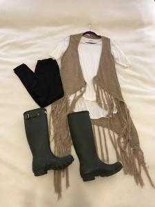 Ivory LuLaRoe Irma Tunic, Tan vest, Black LuLaRoe leggings, Dark Olive Hunter boots
