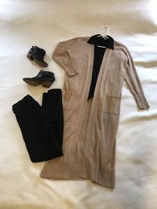 Camel duster cardigan, black collared surplice long sleeve shirt, black skinny jeans, black booties