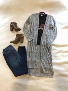 Gray duster cardigan, charcoal graphic tee, cropped skinny jeans, brown booties with zippers