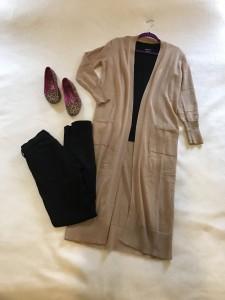 Camel duster cardigan, black v-neck tee, black skinny jeans, leopard print flats